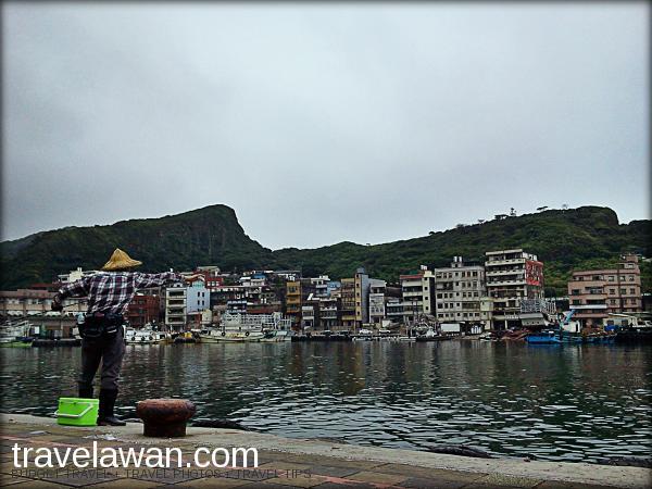 Yehliu atau Yeliou adalah merupakan kota nelayan kecil. Tidak heran restoran sea