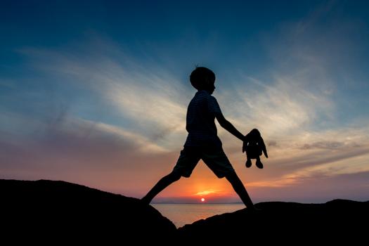 Grecia con los niños: Puesta de sol cerca del Nissaki Beach Hotel en Naxos