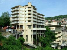 Veliko Târnovo Hotel, model tip Jivkovist