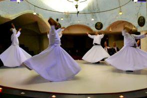 Dansul dervișilor rotitori - Cappadocia
