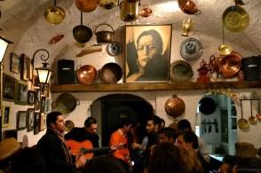 Cafe Cantante pe Calle Santa Maria