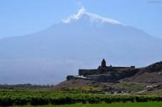 La poalele Araratului - Khor Virap