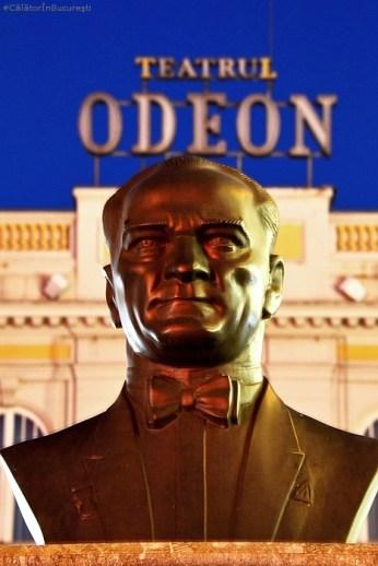 Statuia lui Mustafa Kemal Atatürk