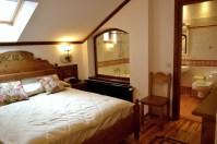 Camera Vlad Ţepeş, preferata noastră