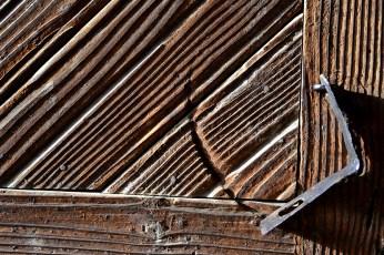 Textura inconfundabilă a lemnului vechi