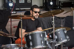 Răzvan, de la basist la baterist