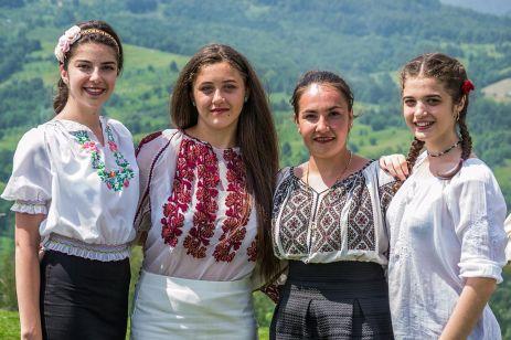 Fetele din Runcu