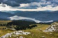 Lacul Vidra, văzut de pe Strategica