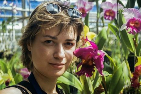 În grădina de orhidee