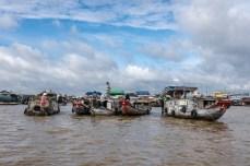 La piața plutitoare din Can Tho