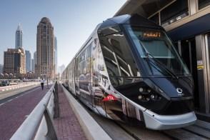 Tramvaiul din Dubai Marina