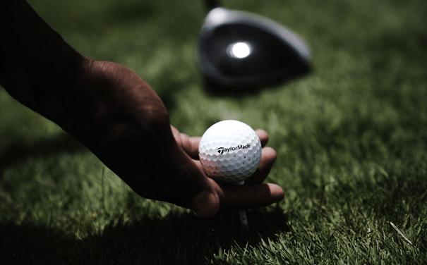 Opter pour un simulateur golf pour bénéficier de nombreux privilèges