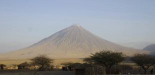 A longer way to Serengeti - Or the one where we cross the rift valley to Lake Natron