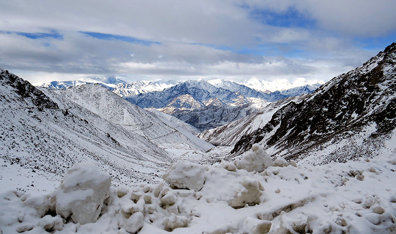 ladakhtrip-Chang_La_view