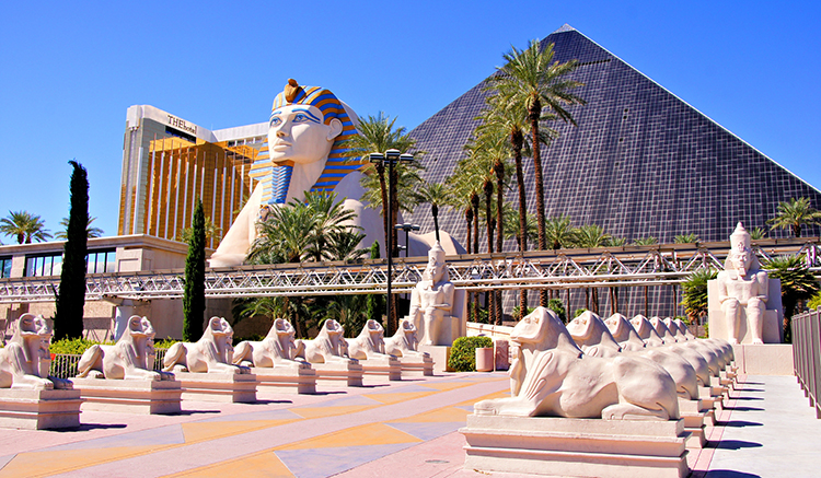 1.Luxor-Hotel-and-Casino-1.jpg