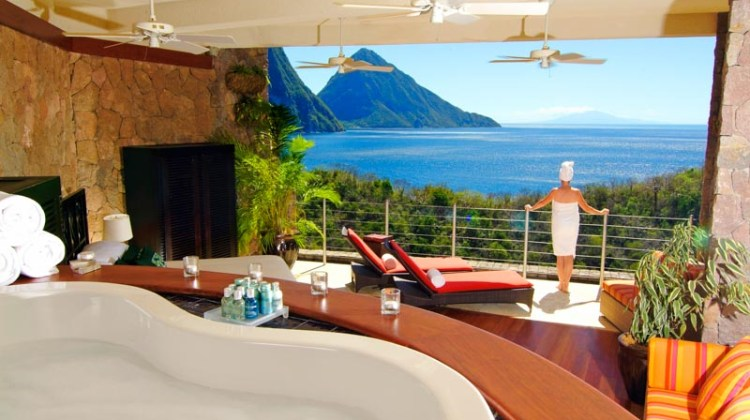 romantic-hotel-jade-mountain