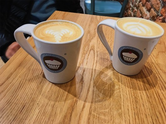 Two café lattes please.