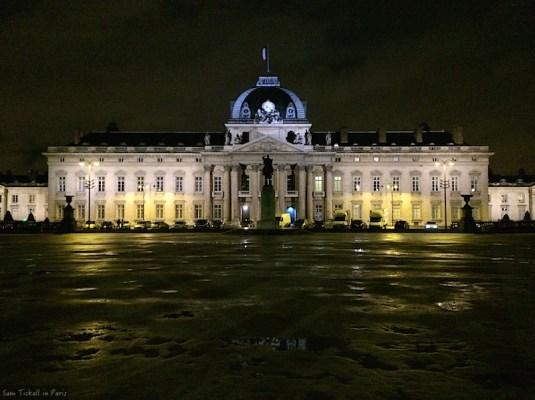Sam in Paris