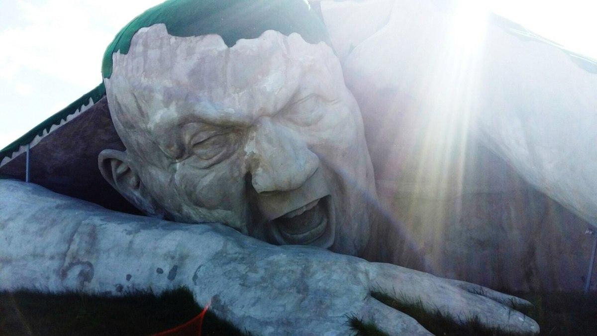 """""""Прорыв"""" - самая неоднозначная и пугающая скульптура Нижнего"""