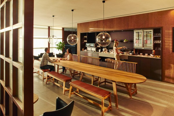Cathay Pacific Heathrow Lounge Image 3