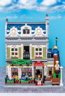 Lego Modular Building_Parisian Restaurant_1