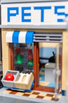 Lego Modular Building_Pet Shop_3