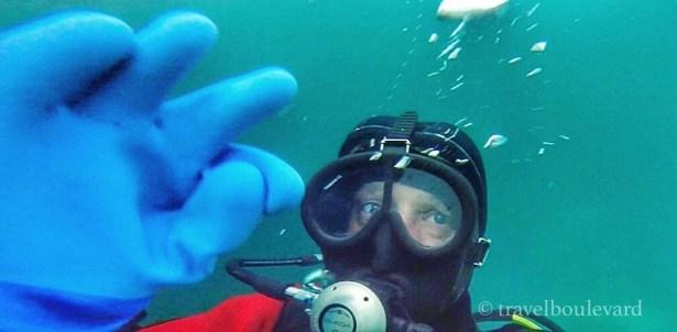 ice-diving-tignes13