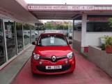 Avis rented me a new car to drive around Tahiti