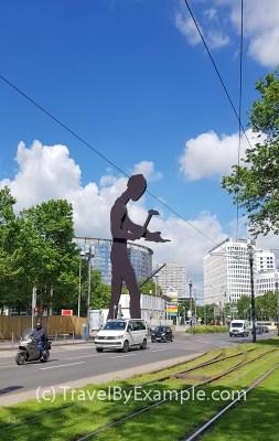 The Hammering Man sculpture in Frankfurt