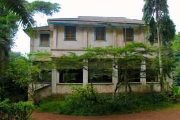 Aburi Gardens colonial house
