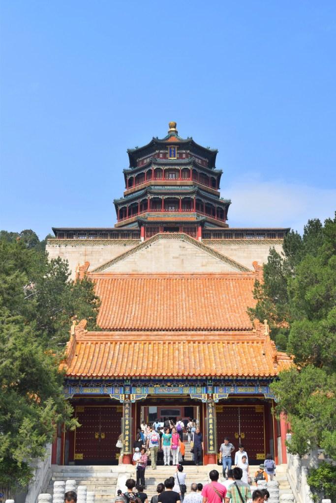 גולת הכותרת של הגבעה הוא ביתן הניחוח הבודהיסטי (צילום: טל ניצן)