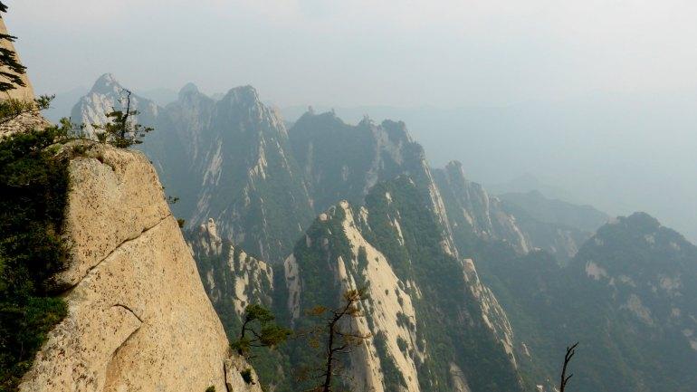 העלייה המפרכת להר מתוגמלת בנוף מרהיב (צילום: שלי ברנשטיין)