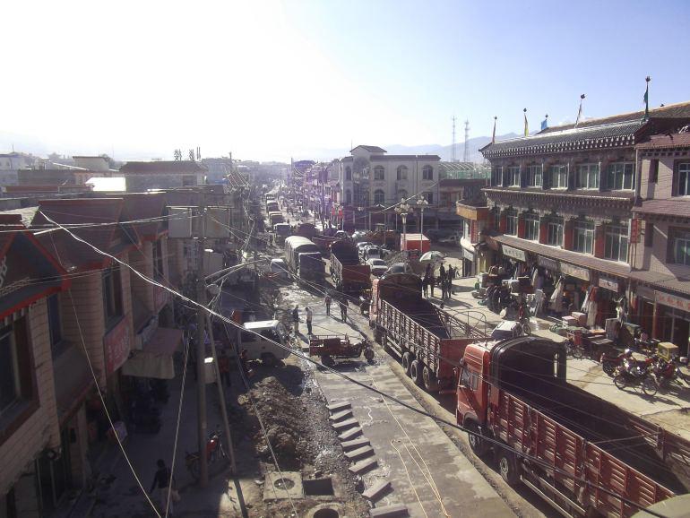 גאנדזה - עיירה מפוייחת ועמוסה, אך עם קסם מיוחד (צילום: נוגה פייגה)