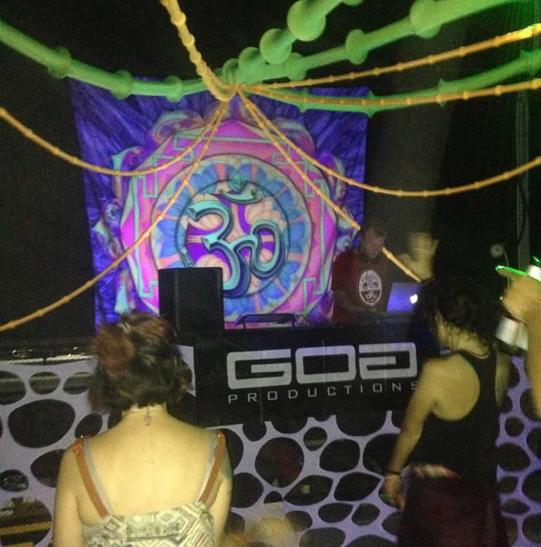 מסיבת של Goa Productions. מסיבות טבע וסצנה אלקטרונית (צילום: אלעד רמר)