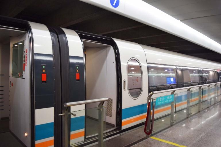 רכבת המגלב של שאנגחאי - הרכבת המהירה בעולם (צילום: טל ניצן)