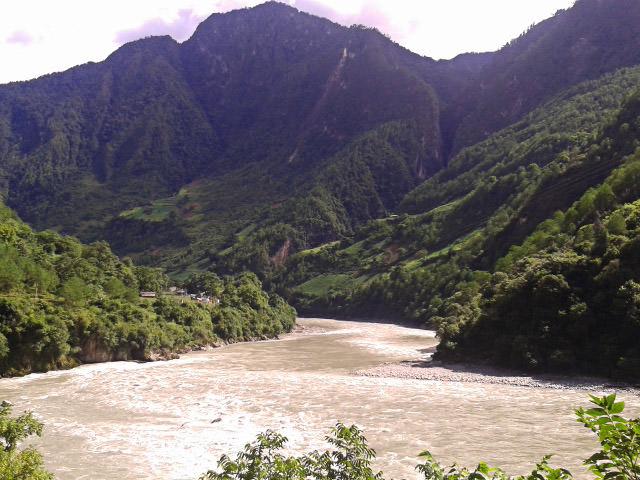 נהר הנו-ג'יאנג (צילום: חיים קלאי)