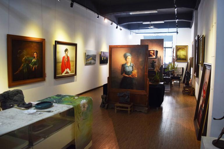 M50. גלריות בהן יושבים האמנים ויוצרים (צילום: טל ניצן)