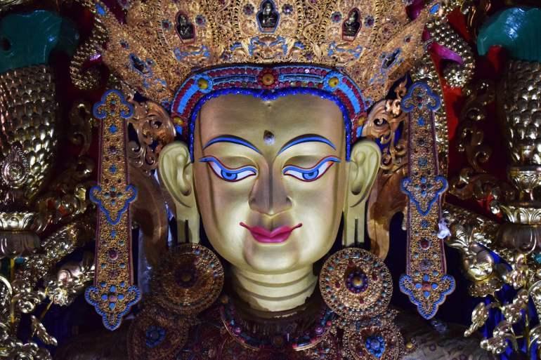 מנזר סונג-דזאן-לין. פסלים עוצמתיים (צילום: טל ניצן)