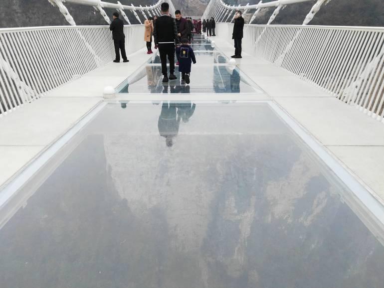 גשר הזכוכית הגדול של עמק דז'אנג-ג'יה-ג'יה (צילום: נוגה פייגה)