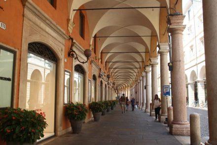 Bologna style portico on Via Emilia