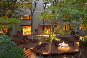 秋天,就該去日本箱根來場不一樣的溫泉度假,還有3種風格任你挑選呢