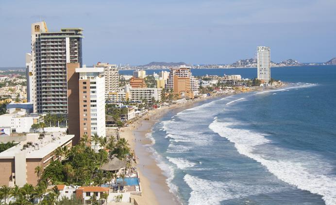 Słynna meksykańska plaża Olas Altas Mazatlan  przeszła metamorfozę
