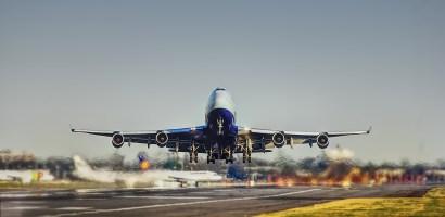 Branża lotnicza chce wykorzystywać wodór jako paliwo