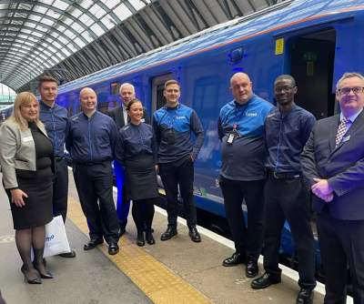 Lumo services already selling out as inaugural service leaves London