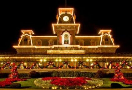 MAgic Kingdom Front Entrance Christmas