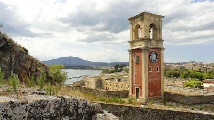 Campanile a Corfu, Grecia