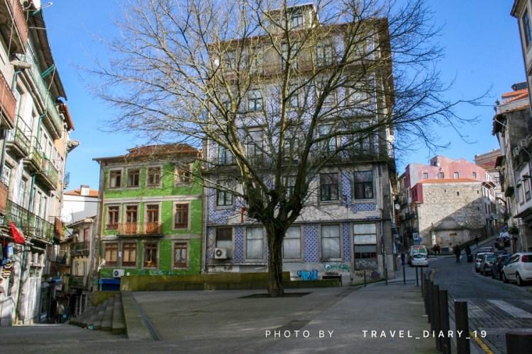 Piazza a Porto