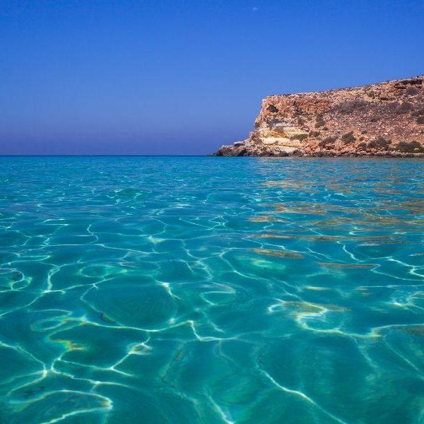 Acqua cristallina a Lampedusa