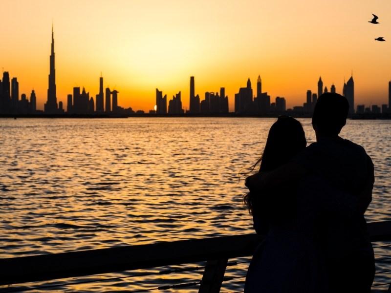 Una delle cose da fare a Dubai: ammirare il tramonto