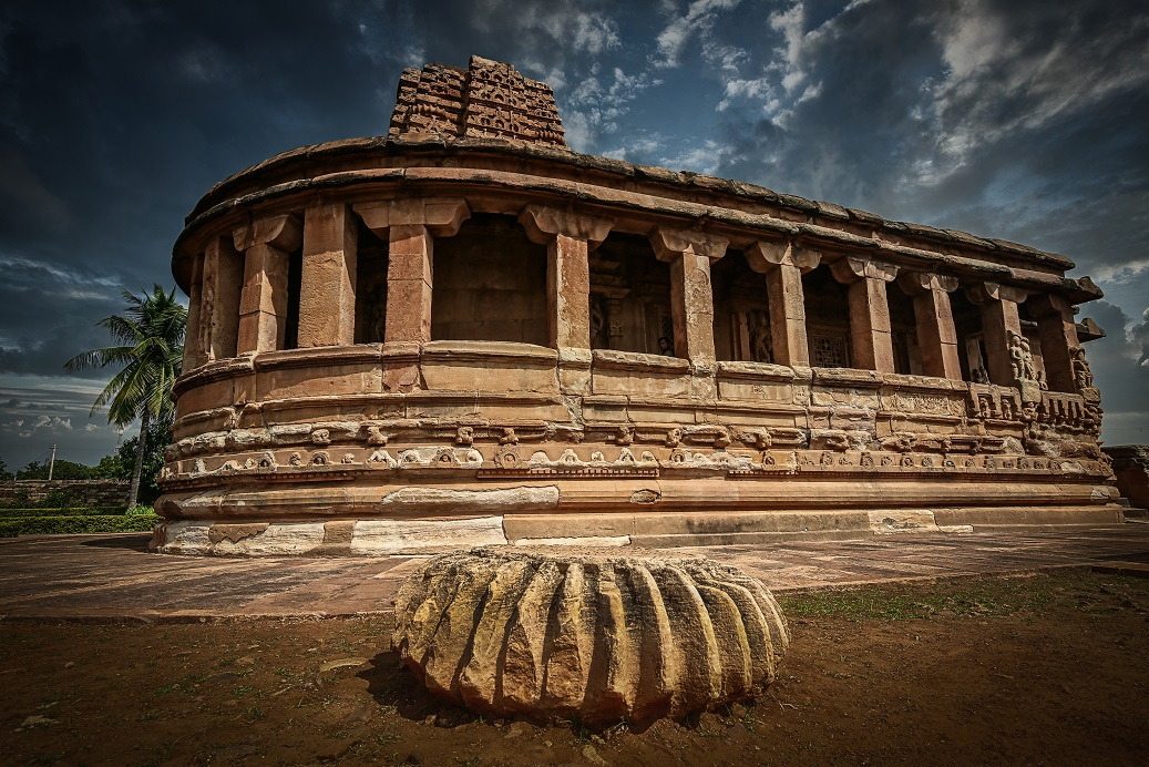 reference guide to must-see places in Aihole